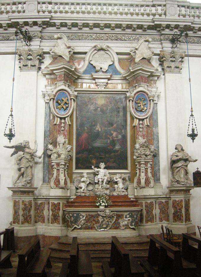 -_S.MARIA_IN_COLLE_-_altare_del_nome_di_gesu_-_01_-__insieme__-_DSCN0147
