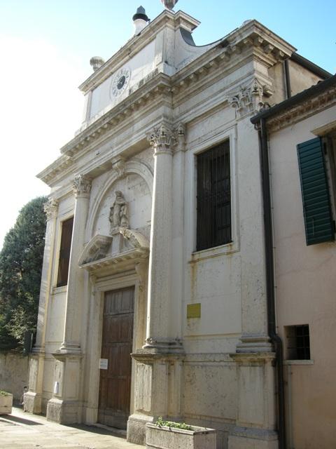 internet_-_facciata_esterna_della_chiesa_DSCN9806