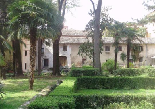 bassano_-_giardino_parolini_-_INTERNET_-_540X_-_case_del_parolini_-_
