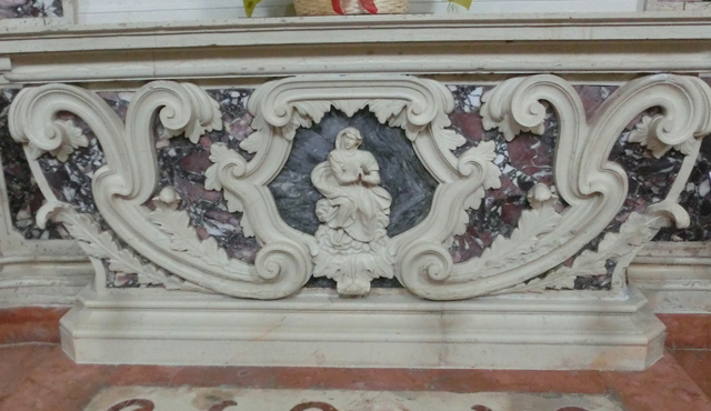 13-OK_-_pove_palliotto_altare_del_cristoCIMG0528
