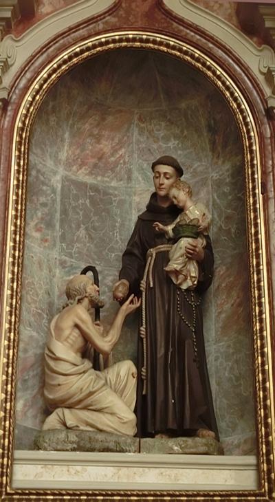 FFF-02-altare_santantonio_nicchia_CIMG3253