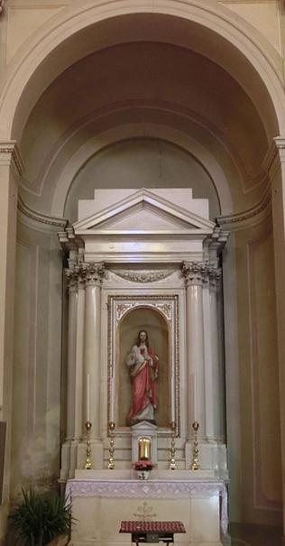 002I_-_NAVATA_A_DX_-_440x727-_ok_-_altare_sacro_cuore_di_Gesu_-_CIMG3536