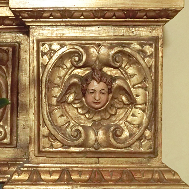 _019_cappella_santantonio_-_altare__in_legno_dettaglio_-_CIMG5191