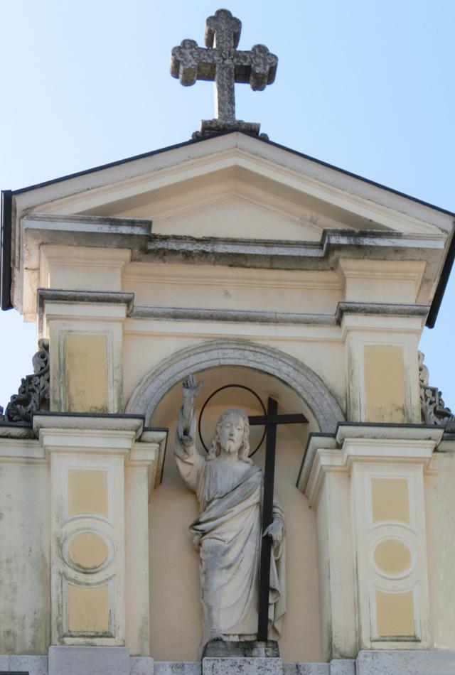 _-_facciata_statua_gesu-_CIMG5177