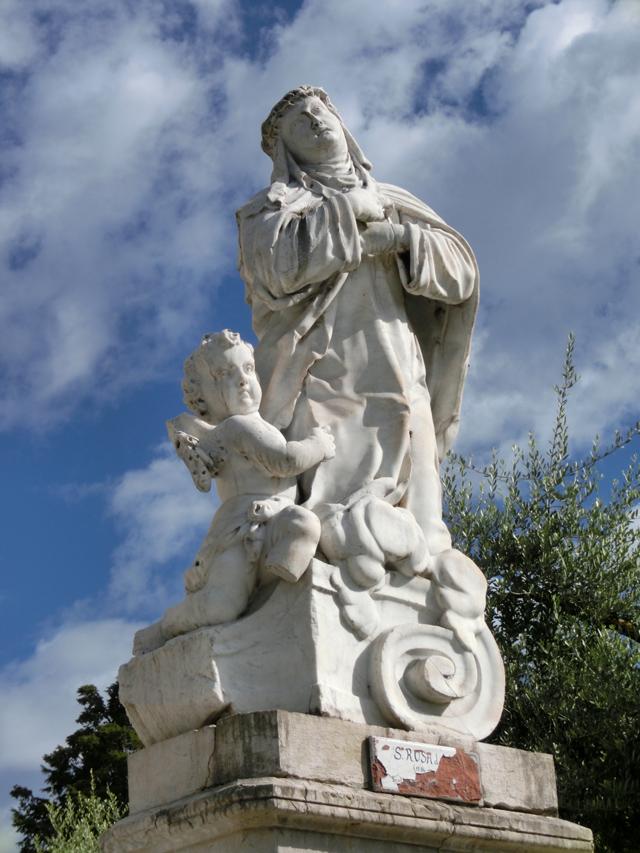 004_-_esterno_-_statua_-_santa_rosa_da_lima_-_CIMG5398