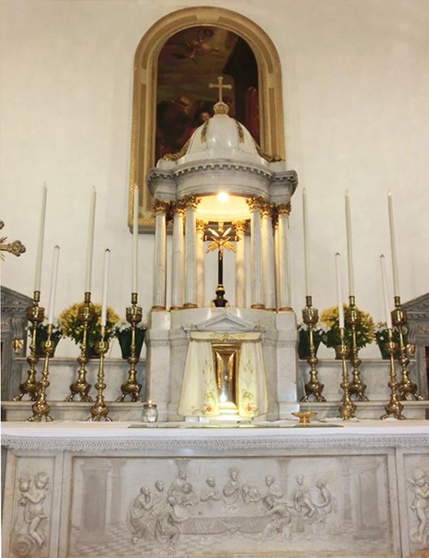 025-__interno_-_presbiterio__CORRETTO-_altare_maggiore_CIMG5978