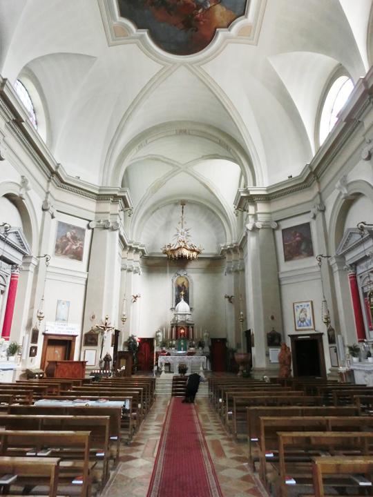 ok_-_002_-_interno_chiesa_-_veduta_da_sud_verso_nord_-_CIMG5097