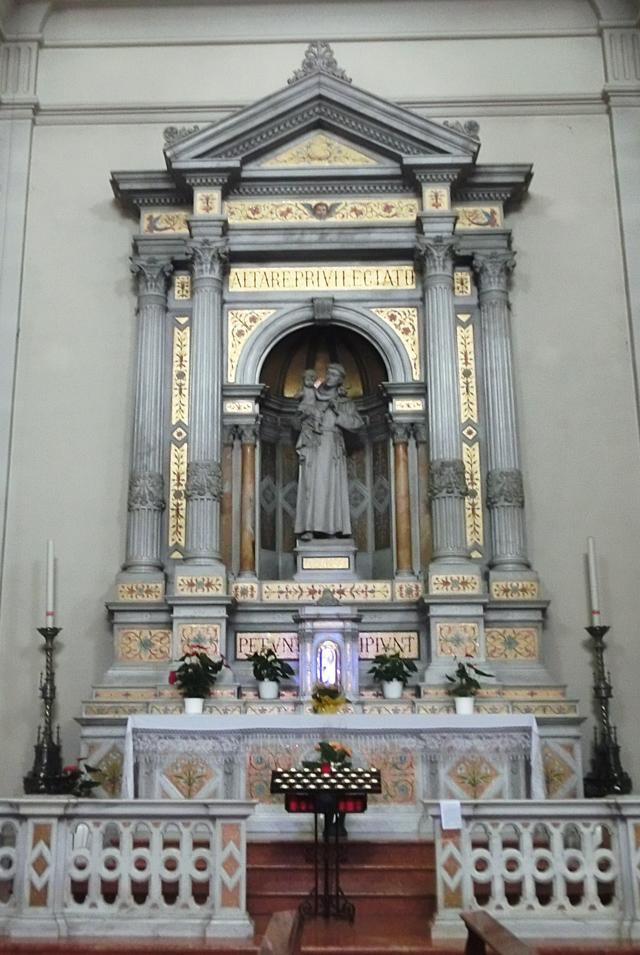 interno_-_parete_nord_-_C2_-_640x_-altare_di_SantAntonio_ok_-_CIMG5651