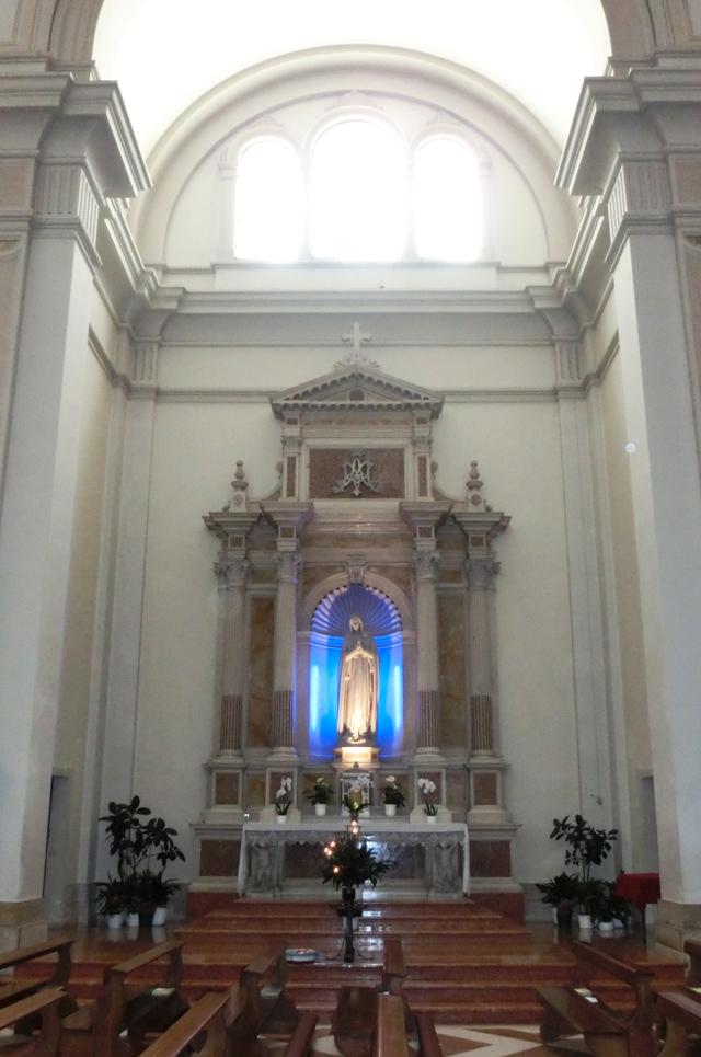 interno_-_parete_sud_-_B1_-_640x_-_altare_della_Madonna_-_ok_-_CIMG5699