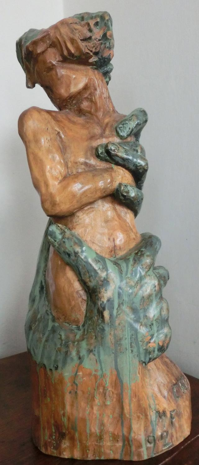 002_-_P_-_si_-CIMG6266_-__1992_-_creazione_-----_640x_-__ispirazione_a_Rodin_-__in_noce_-_