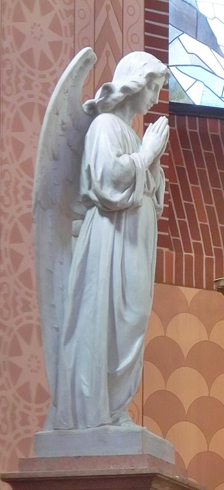FELLETTE_-_INTERNO_-_PRESBITERIO_-_altare_maggiore_-_angelo_di_sx_-_640x1400_-_CIMG7353