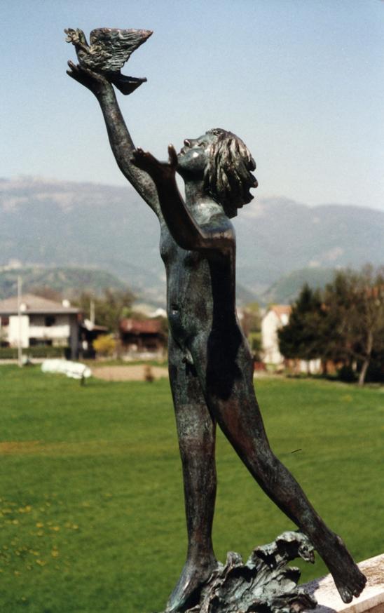 1997_-_01_-_540x_-_monumento_alla_pace_-_BIO_-_AGNINI_-_594