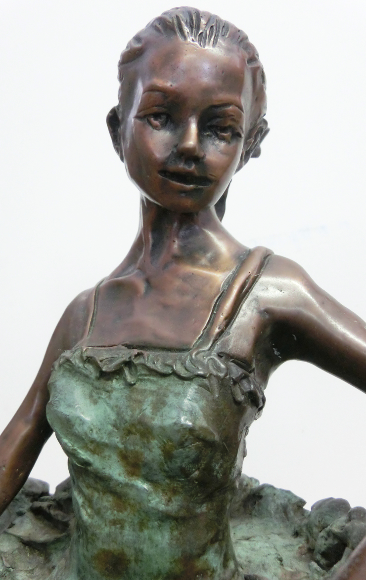 1997_-_Ballerina_Margot_Fontaine_-_D_-_740X_-_cm_50x22x22_-_bronzo_-_CIMG8698