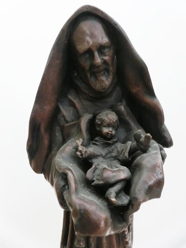 1999_-_Bozzetto_originaledi_padre_Pio_poi_-_0BB_-_640X_-_poi_per_chiesa_di_san_giorgio_-_bronzo_-_35x15x15_-_CIMG8805
