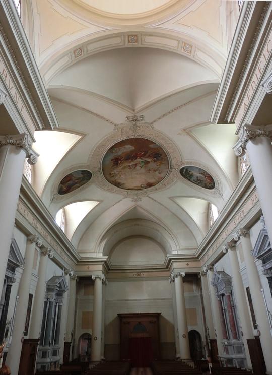 chiesa_di_nove_-_interno_-_navata_-_OK_-INTERNET_540X_-__VISIONE__dal_presbiterio_alla_porta_principale_-_CIMG4625