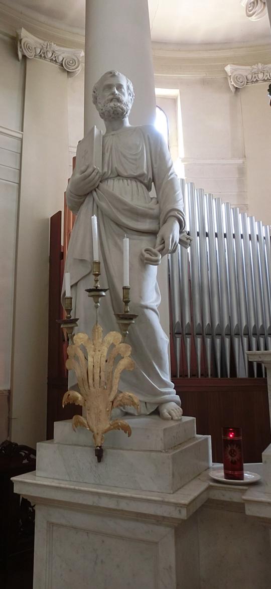 chiesa_di_nove_-_interno_-_presbiterio_-_statua_di_san_pietro_-_OK_-__-_a_sx_dellaltare_-_INTERNET_-_540X1174_-_CIMG4622
