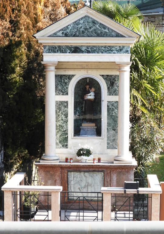 PETUCCO_-_CAPITELLO_DI_SANTANTONIO_VIA_ROMA_-_INTERO__-_540X_-__-_DSCN0072