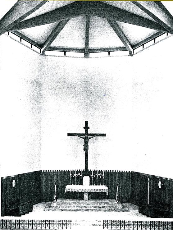 chiesa_san_marco_04299_-_-----740X_----PRESBITERIO_CON_CROCIFISSO_-_
