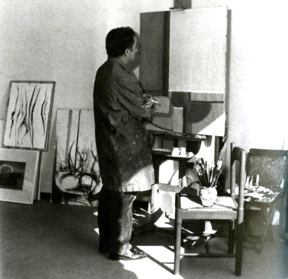 zz-_montagna_angiolo_1971_nel_suo_studio_-_foto_-_