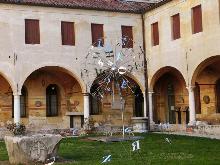 bassano2_-_museo_-_allesterno_-_dandelion_---740xL_--__CIMG2654