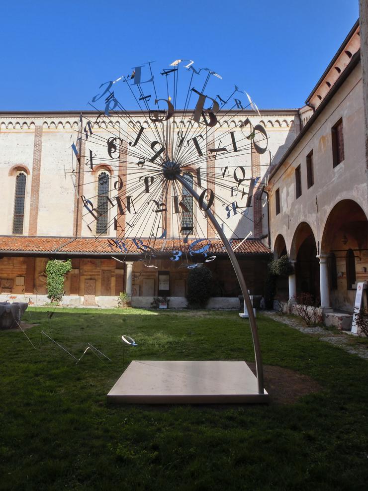 bassano3_-_museo_-_allesterno_-_dandelion_----_740x_----_CIMG2657